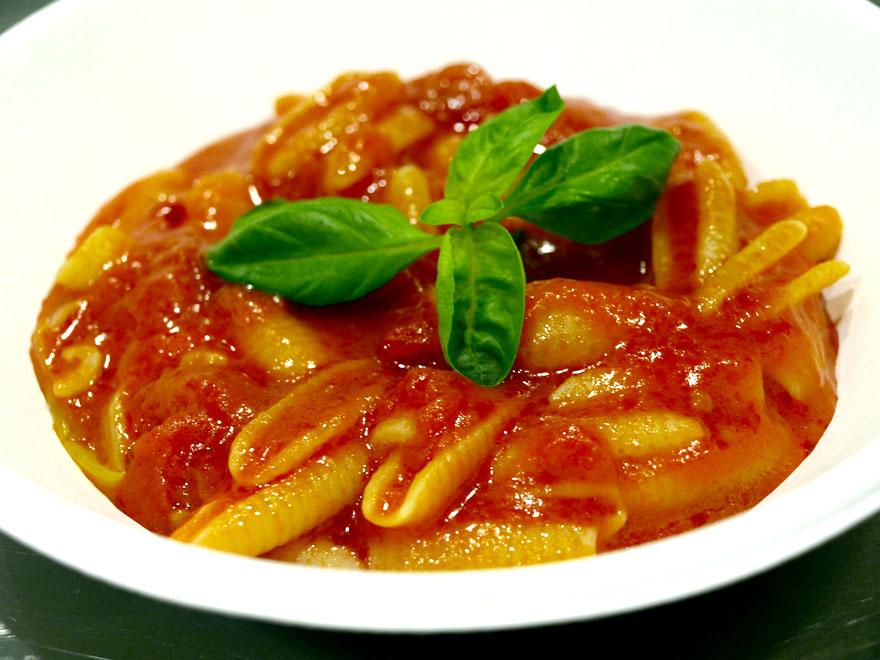 le strip tease de la tomate italienne cookismo recettes saines faciles et inventives. Black Bedroom Furniture Sets. Home Design Ideas