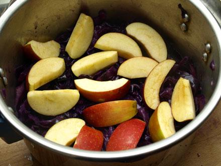 Chou rouge aux pommes
