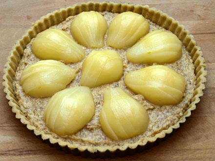 Tarte aux poires amandine avant cuisson
