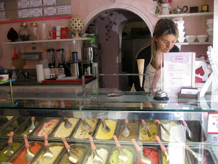 interieur-boutique-mary-gelateria440©christelle-vogel-cookismo