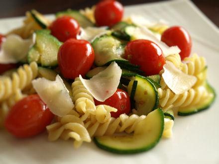 Fusili aux courgettes et tomates cerise