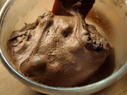 Myrtilles enrobées dans la pâte à muffins