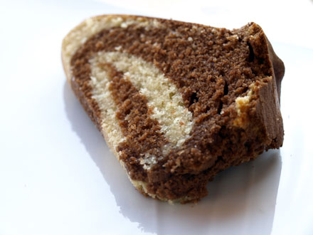 Tranche de gâteau marbré autrichien - Marmorkuchen