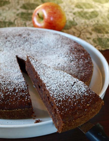 Tranche de moelleux chocolat et pomme