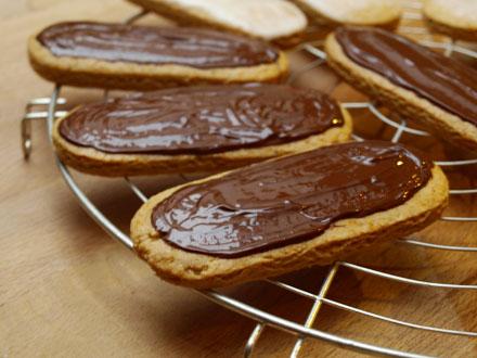 Pain d'épices glaçage chocolat