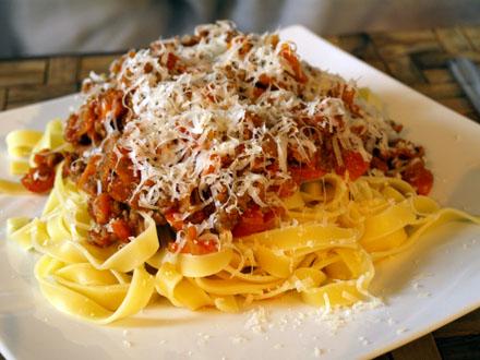 Spaghetti bolognaise au vin blanc