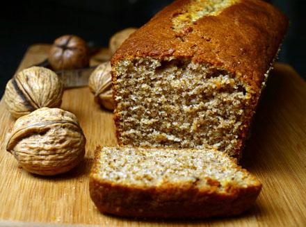 Cake aux noix et au yaourt