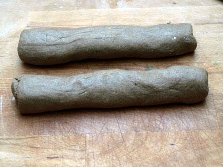 Boudin de pâte sablée à la farine de sarrasin