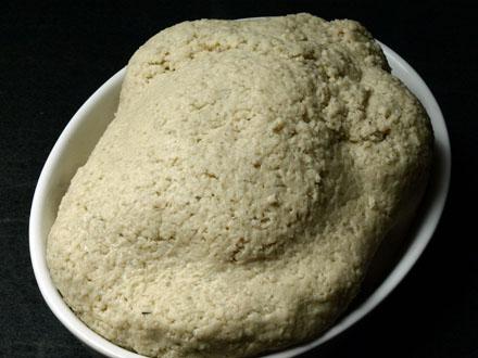 Poulet en croûte de sel avant cuisson