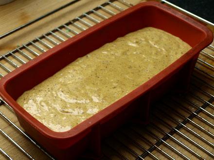 Cake à l'amande sans gluten avant cuisson