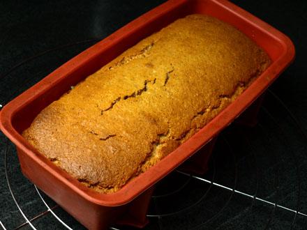 Cake à l'amande sans gluten démoulé