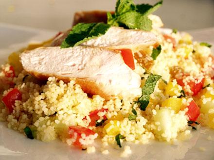 Taboulé de poulet à la menthe et au concombre