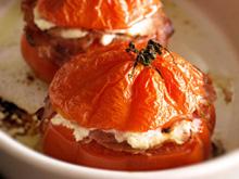 Tomates farcies au bacon et à la ricotta