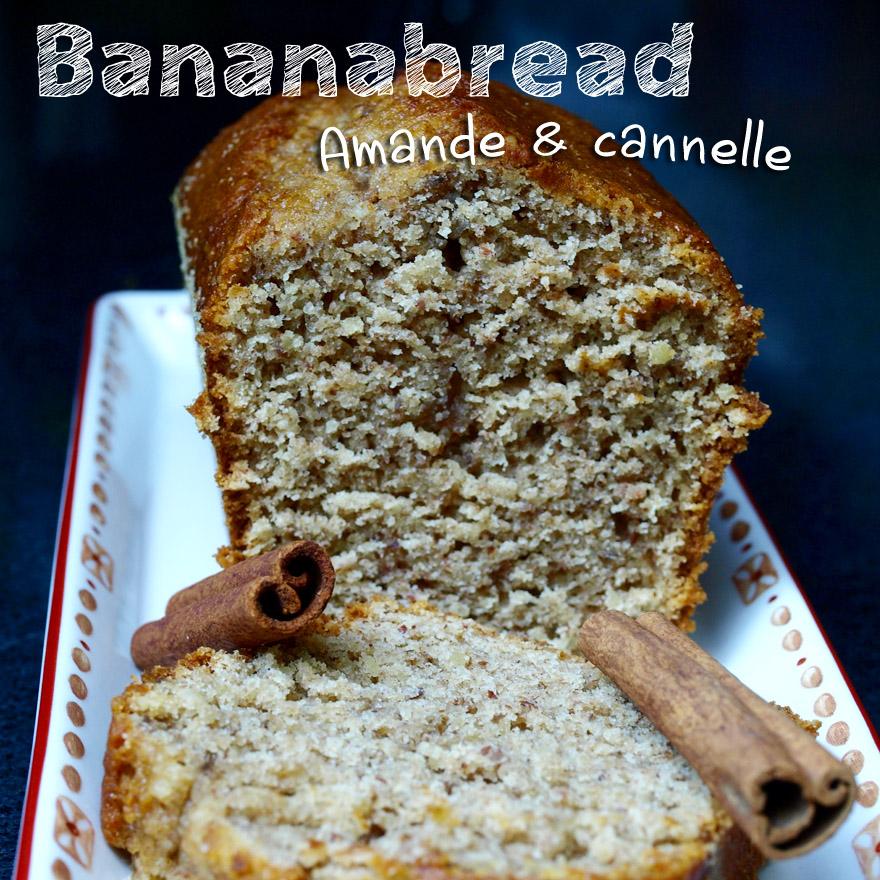 Cake à la banane, amande et cannelle