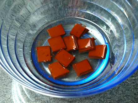 Préparation de la pâte à tartiner maison chocolat-noisette