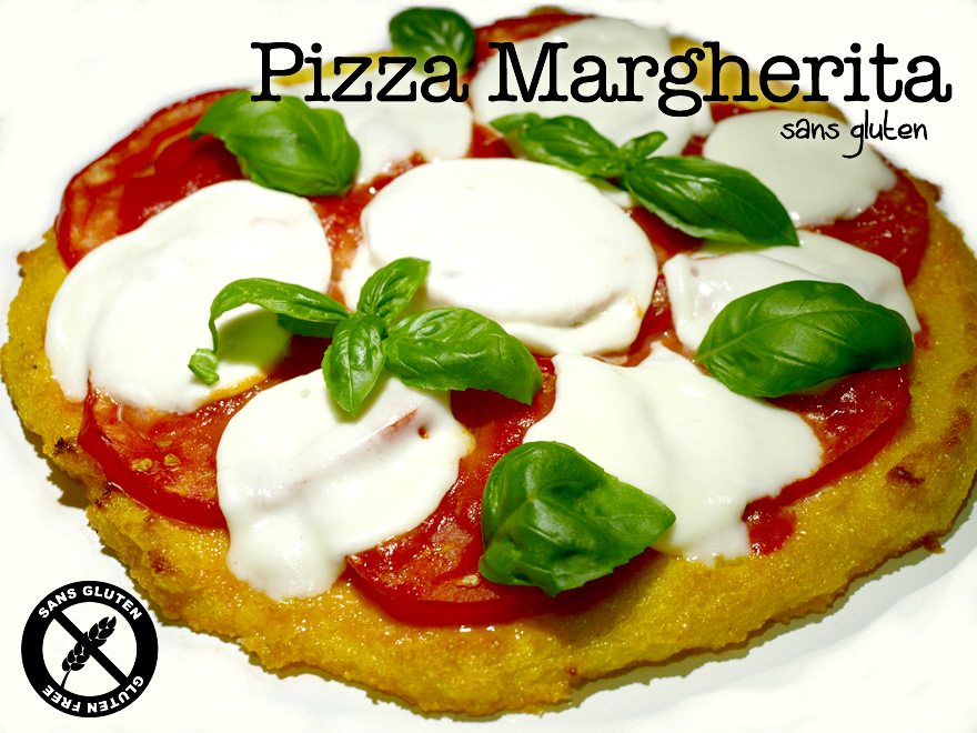Pizza de polenta sans gluten, façon margherita