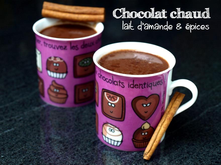 Chocolat chaud au lait d'amande et aux épices