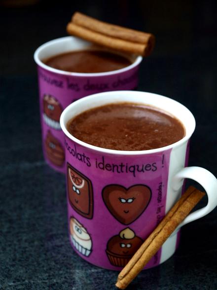 Chocolat chaud au lait d'amande (sans lactose)