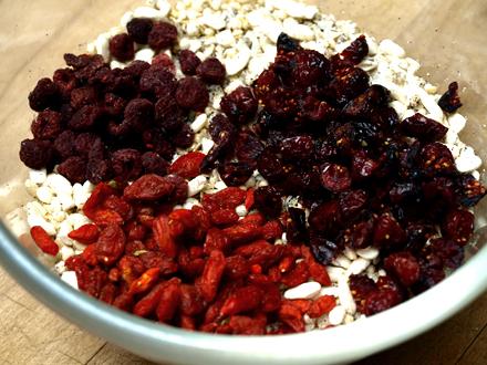Mélange céréales et baies rouges pour muesli maison