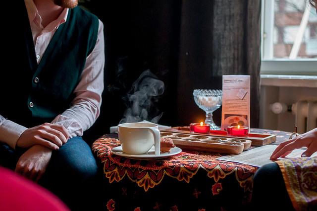Les Finlandais préfèrent se retrouver chez eux plutôt qu'au restaurant © FlickR / Restaurantday