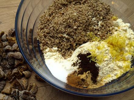 Ingrédients secs des muffins sans gluten