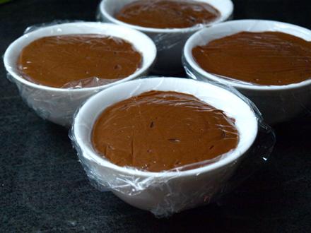 Mousse chocolat sans beurre, sans lactose pour bûche de Noël sans gluten