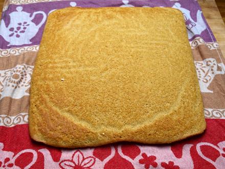 Biscuit sans gluten prêt à être roulé