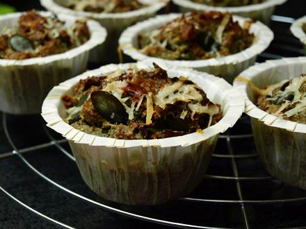 Muffins graines de courge et kale