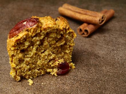 Muffin sans gluten coupé en deux