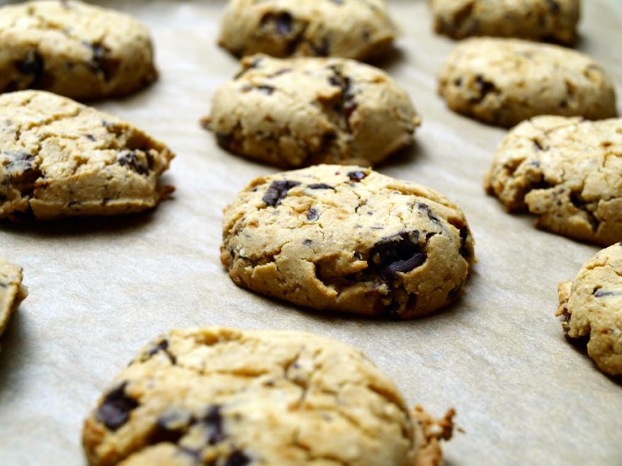Cookies sans gluten à la sortie du four