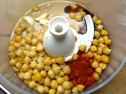 Ingrédients du houmous traditionnel au tahiné