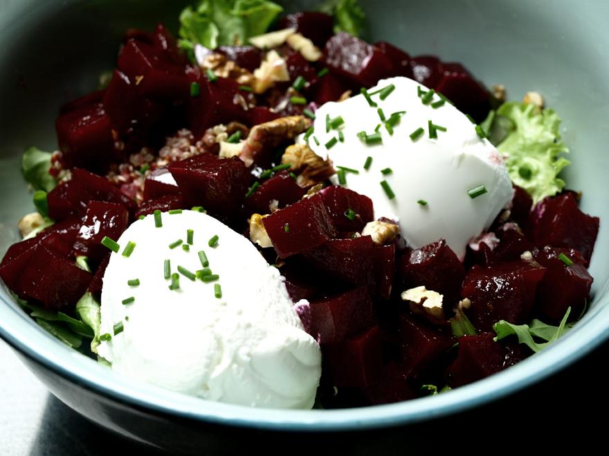 Salade de betterave au chèvre frais et quinoa