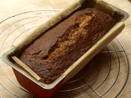 Cake à la banane après cuisson