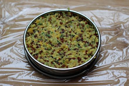 Moulage des galettes de quinoa