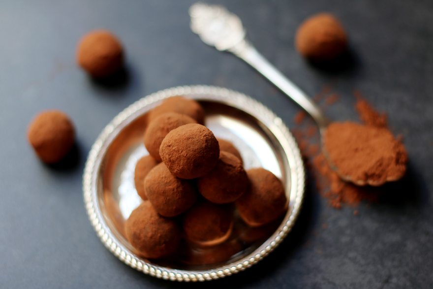 Truffes au chocolat véganes (sans beurre, sans crème)