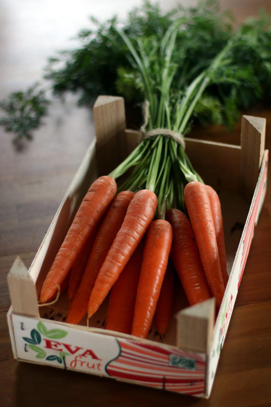 Cagette de carottes fanes