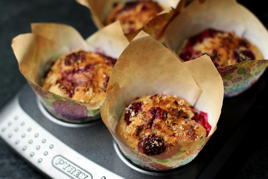 Muffins (sans gluten, vegan) au panais et framboises - Vegan glutenfree raspberries parsnip muffins