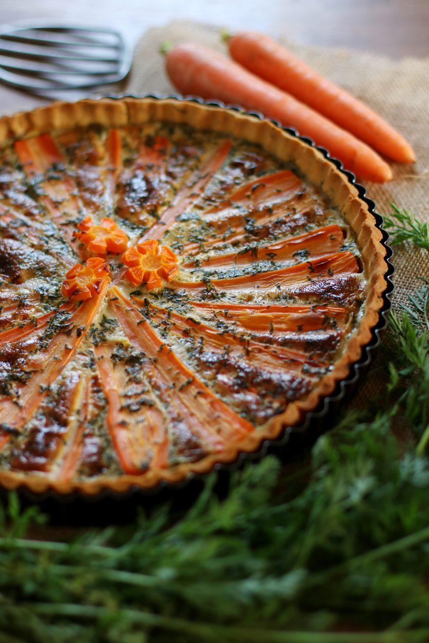 Tarte aux carottes fanes (sans gluten, sans lactose)